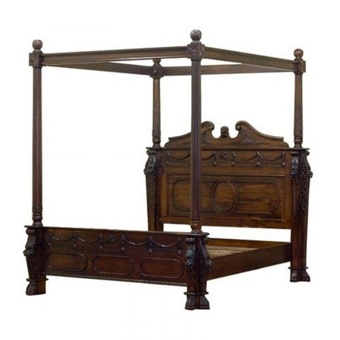 Lion Canopy Bed